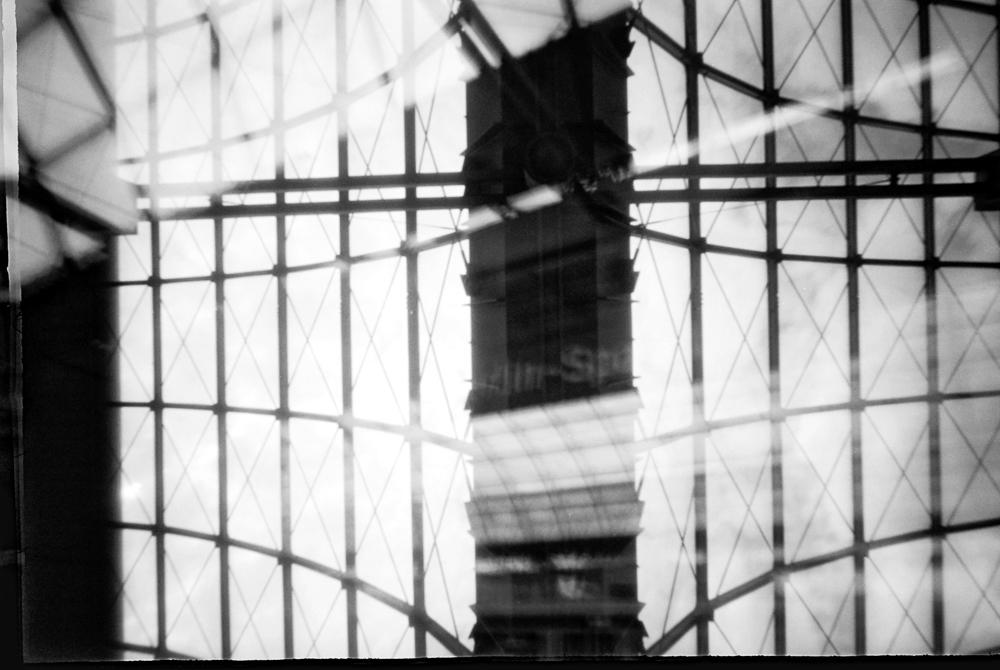 Schwarz-Weiß Bild mit nicht ganz klar denfinierten Strukturen